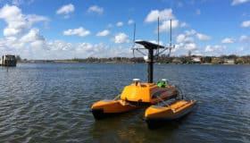 Drones aquatiques et supports flottants