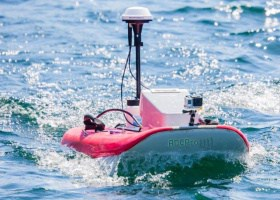 Drone aquatique support flottant motorisé