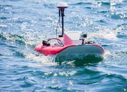 Drone motorisé radiocommandé pour profileurs ADCP