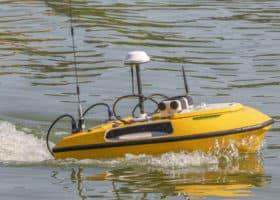 Drone aquatique radio-piloté pour jaugeages et bathymétries