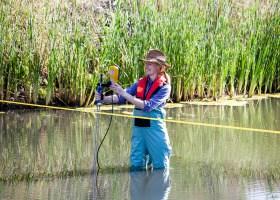 Débitmètre Courantomètre portatif pour petits cours d'eau